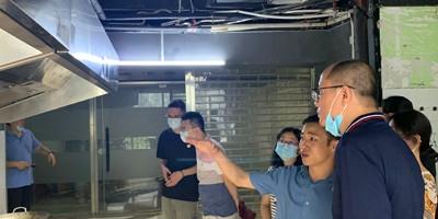 环保局领导莅临越秀区对壹指蓝油烟净化机的市场使用情况